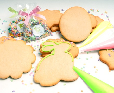 Easter Cookie Decorating Kit