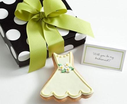 Gift: Caroline Dress